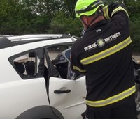 5 steps to extricate patients from modern vehicles