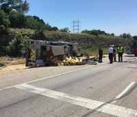 Texas firefighter suffers medical emergency before fire truck rollover crash
