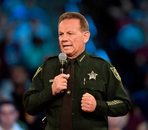 Suspended Broward County Sheriff Scott Israel (Photo/ AP)