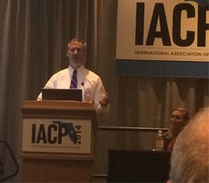 Milwaukee Police Chief Edward Flynn addresses the audience at IACP in Orlando about how he backed one of his officers when a news story inaccurately accused him of wrongdoing. (PoliceOne Image)