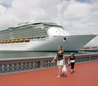 Toddler daughter of Ind. police officer falls to death from cruise ship