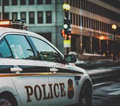 How to design the ideal equipment mounting solution for police vehicles