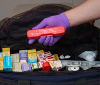 Yes, EMTs can administer glucagon