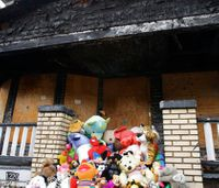 Man convicted in fire that killed 9 wants case tossed
