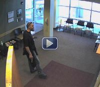 Video: Parole agent shoots gunman 3 times in hospital standoff