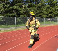 Wash. volunteer FF breaks world record for running one mile in full turnout gear