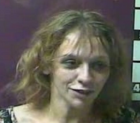 Ky. woman tries to avoid arrest by defecating on officer