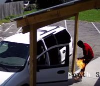 Video: Ky. arsonist accidentally sets himself on fire
