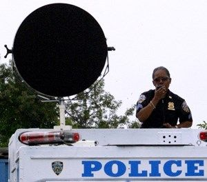 New York City Police Sgt. Janet Jordan gives orders using a Long Range Acoustic Device during a training drill in preparation for the Republican National Convention, Thursday, Aug, 19, 2004 in New York. (AP Photo/Mary Altaffer)