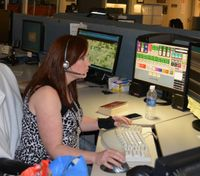 911 Emergency Dispatcher: The calm voice in the dark