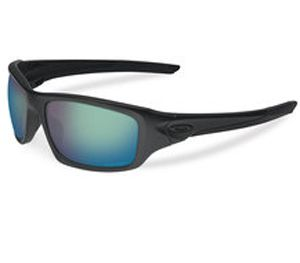 With lenses made from Plutonite, the SI Prizm Maritime Polarized eyewear reduces glare, increases contrast and improves clarity. (Oakley Image)