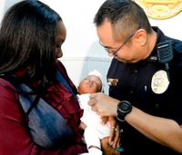 Body cam shows officer performing CPR to save newborn baby