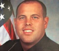 Off-duty officer shot to death at Ohio pub