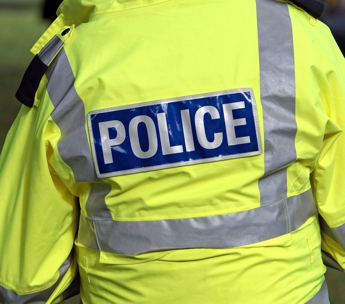 Is there any evidence concerning the warrior/guardian debate in policing?