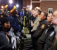 17 arrested in St. Louis during Brown shooting protests
