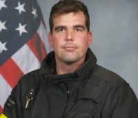 Tenn. firefighter missing after his vehicle plunged into river