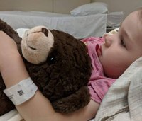 'Rosie's Hugs' brings happiness to kids in emergency rooms