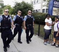 School starts in Chicago with more safety officers