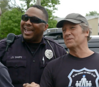 Video: Ohio officer's charitable work highlighted in 'Dirty Jobs' star's new show