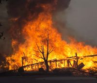 Poll: Calif. county residents didn't get official wildfire warnings