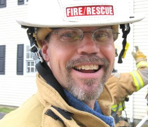 Charles Sparks died in 2011 while helping fight a blaze. (Photo/Columbia-Adair County Fire Dept.)