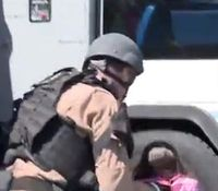 Nev. SWAT rescues kids during manhunt