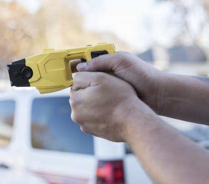 Eighth Circuit ruling: Multiple TASER use justified to stop violently resisting suspect