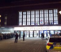 9 injured in ax attack at German train station