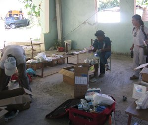 EMS professionals work in austere conditions in Haiti. (Photo courtesy of Trek Medics International)