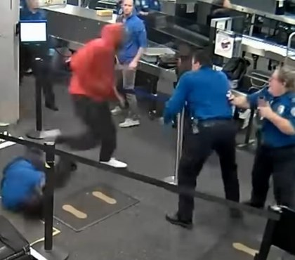 Video: Man injures 5 TSA officers while charging through checkpoint