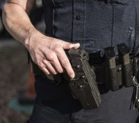 Study: How race, clothes and demeanor influence police officer behavior