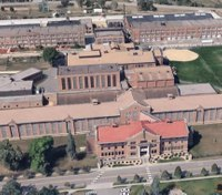 Minn. lawmakers go behind bars as they study prison security concerns
