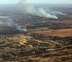 Wildfires continue to burn north of Hutchinson, Kan. (Travis Morisse/The Hutchinson News via AP)