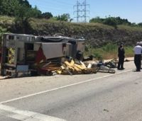 Officials: Texas firefighter fainted before rollover crash