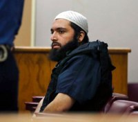 Prosecutors: NJ bomber tried to radicalize inmates