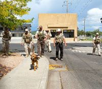 Scenario-based training tests Ariz. correctional officers, K-9s