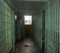 How correctional officers can thwart radicalization in prisons