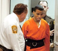 Federal judge tosses out life sentences for DC sniper