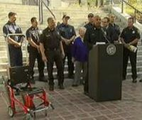 Mayor replaces LAFD chief after 911 mishaps