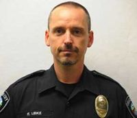 Ore. cop shot responding to fire succumbs to wounds