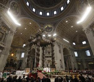Pope Francis celebrates the Holy Mass for the Jubilee of inmates, at St. Peter's Basilica at the Vatican, Sunday, Nov. 6, 2016. (AP Photo/Gregorio Borgia)