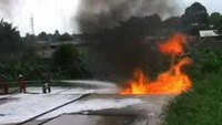 Application Demonstration of FireAde 2000 Extinguishes a Large Pit Fire