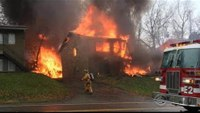 Fiery plane crash kills 9 in Ohio