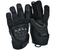T&M Tactical gloves won't leave you in the dark