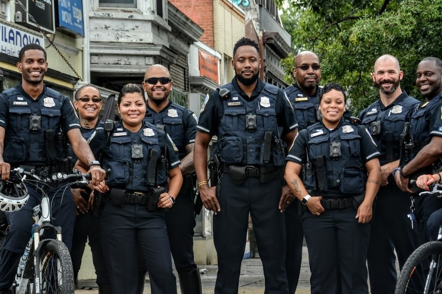 D.C. Metropolitan Police, winners of the 2019 Best Dressed Public Safety Award ®for Large Departments (Photo / Business Wire, AP)