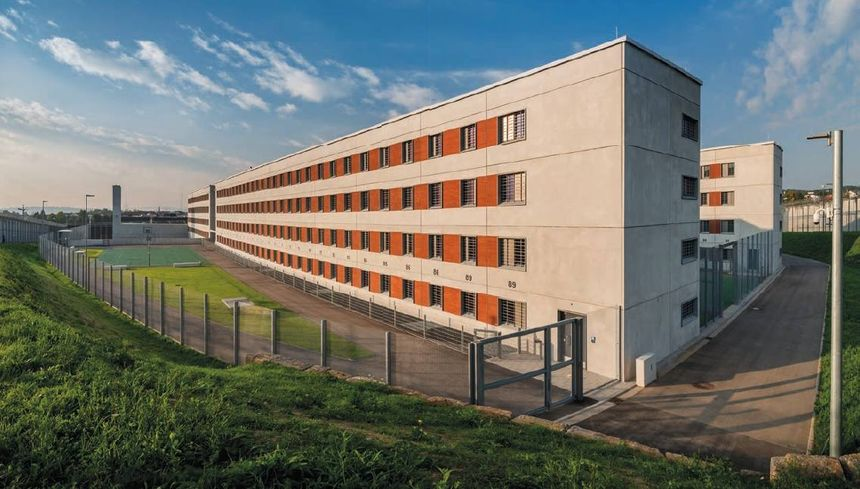 Security is a priority at Stammheim with cameras, motion detectors and sound detectors located throughout the facility. (Photo/Stammheim Prison)