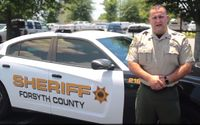 Ga. cop demonstrates danger of a hot cars to kids and pets